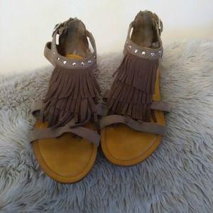 Sandals size 8.5